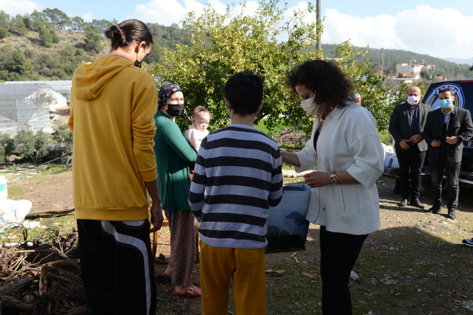 Kumluca Belediyesi Sosyal Belediyecilik Çalışmaları Devam Ediyor
