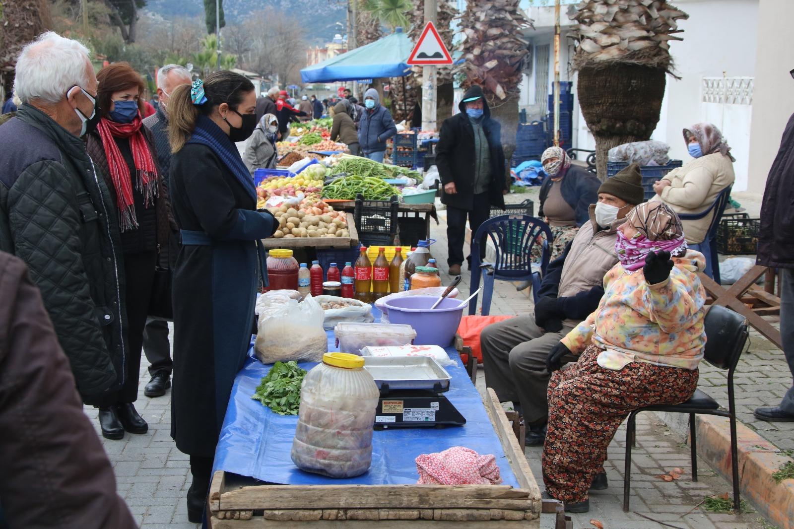 """Efes Selçuk Belediyesinden Sıra Dışı Uygulama: """"Tek Nokta Hizmet Aracı"""""""