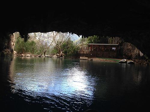 Toroslarda Saklı Güzellikler: Altınbeşik Mağarası