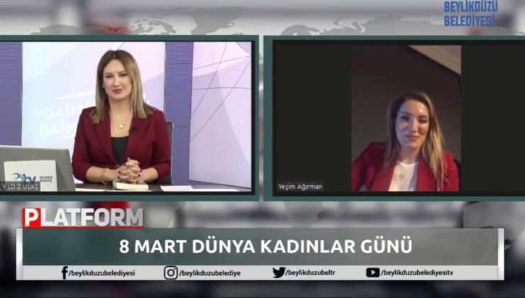 Beylikdüzü 'Türkiye'de Kadın Olmak' Konulu Panel Düzenledi