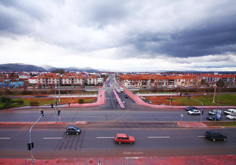 Sakarya'da Köprü Geçişli Yol Projesi Hizmete Başladı