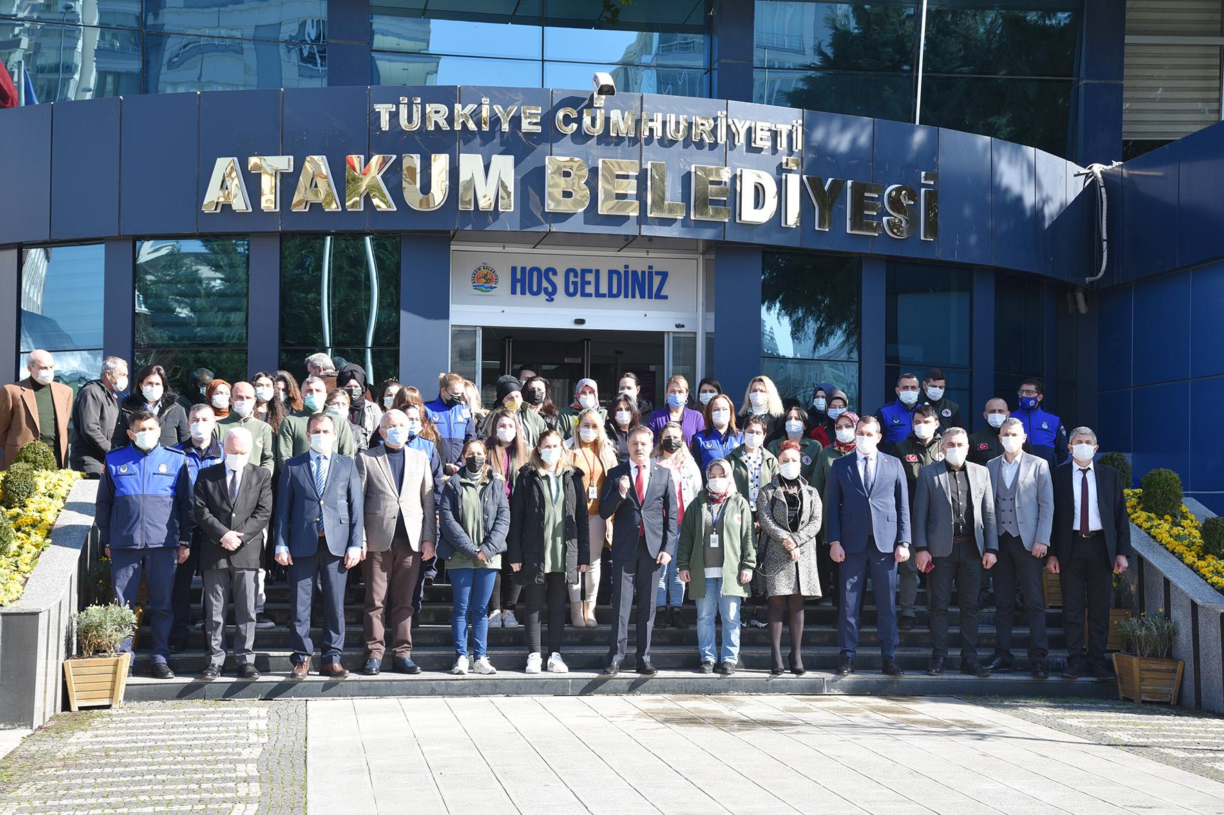 Atakum'da Gençler İstiklal Marşı İçin Tek Ses Oldu