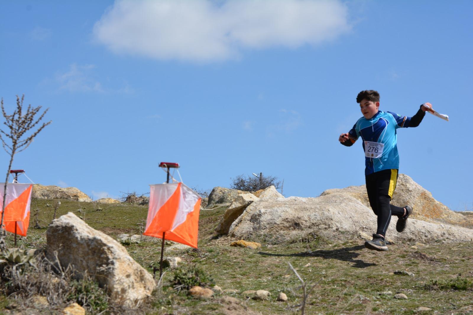 İnegöl'de Dostum Oryantiring Takımı Başarıdan Başarıya Koşuyor