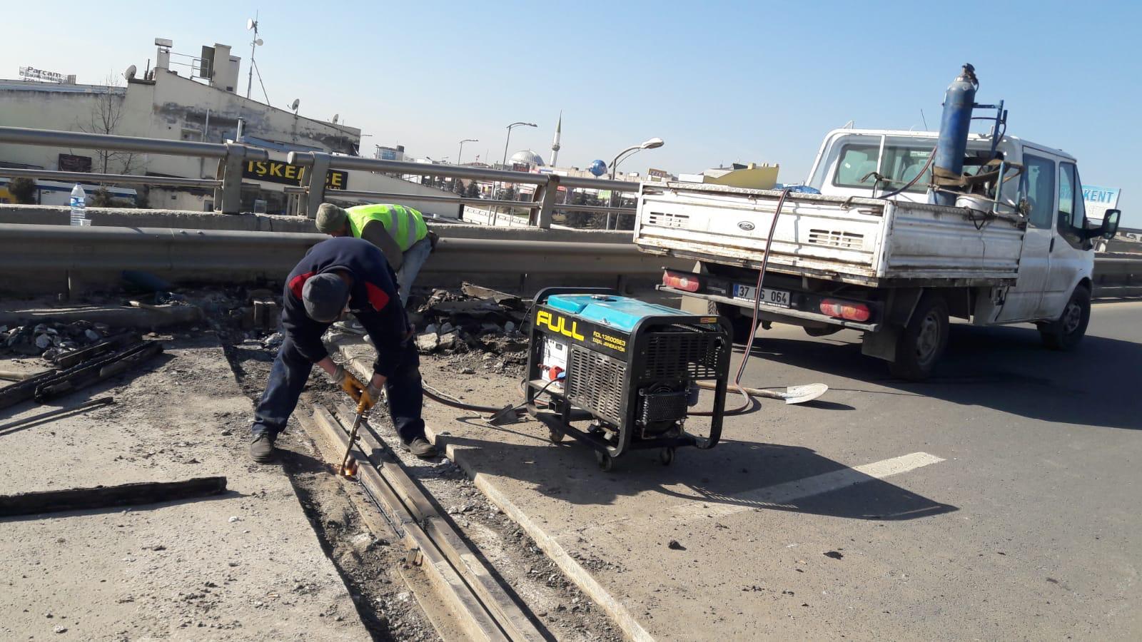Ankara'da Köprülerde İyileştirme ve Bakım Çalışmaları Sürüyor