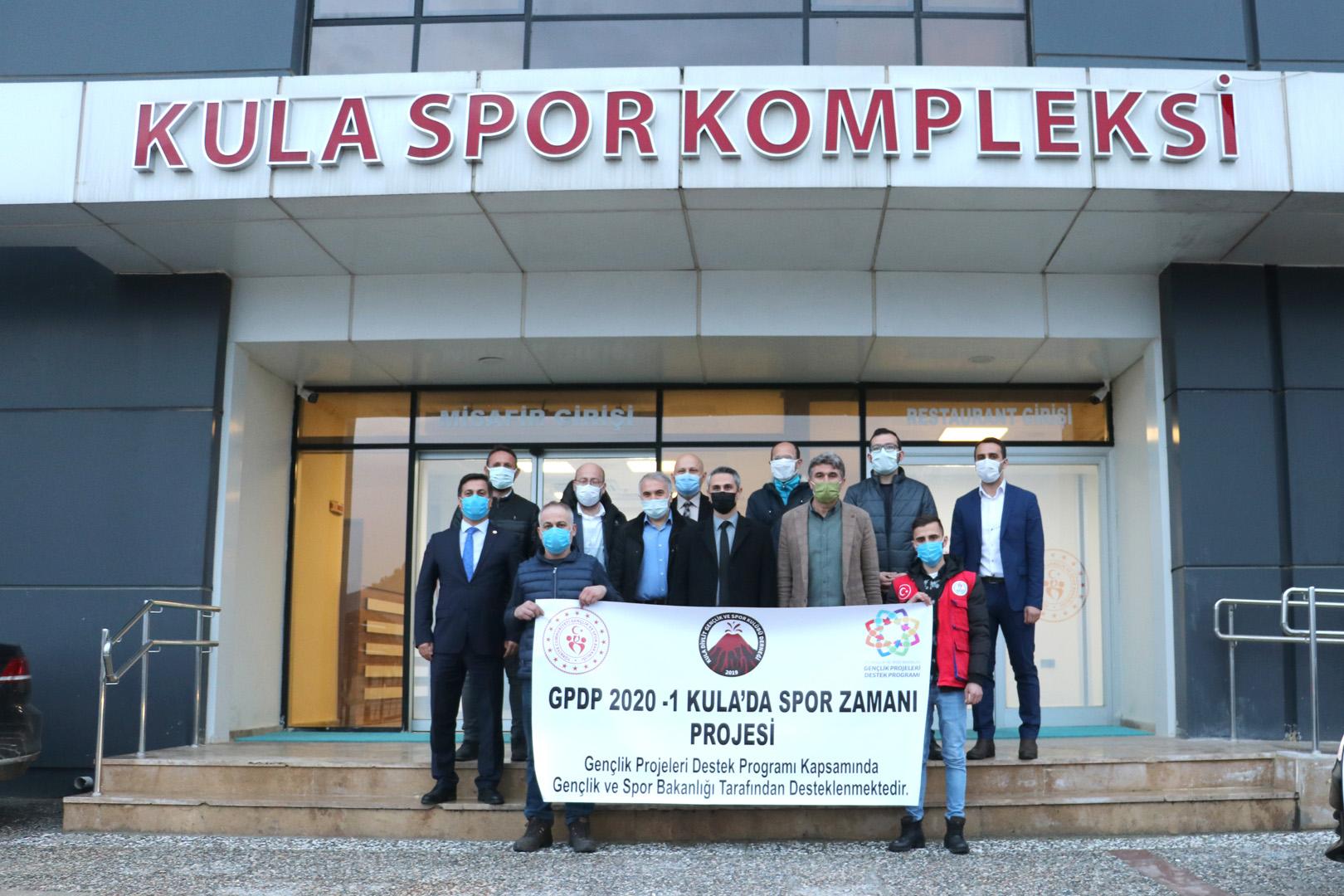 Genel Müdür Dr. Mehmet Ata Öztürk, Kula'daki Spor Yatırımlarını İnceledi