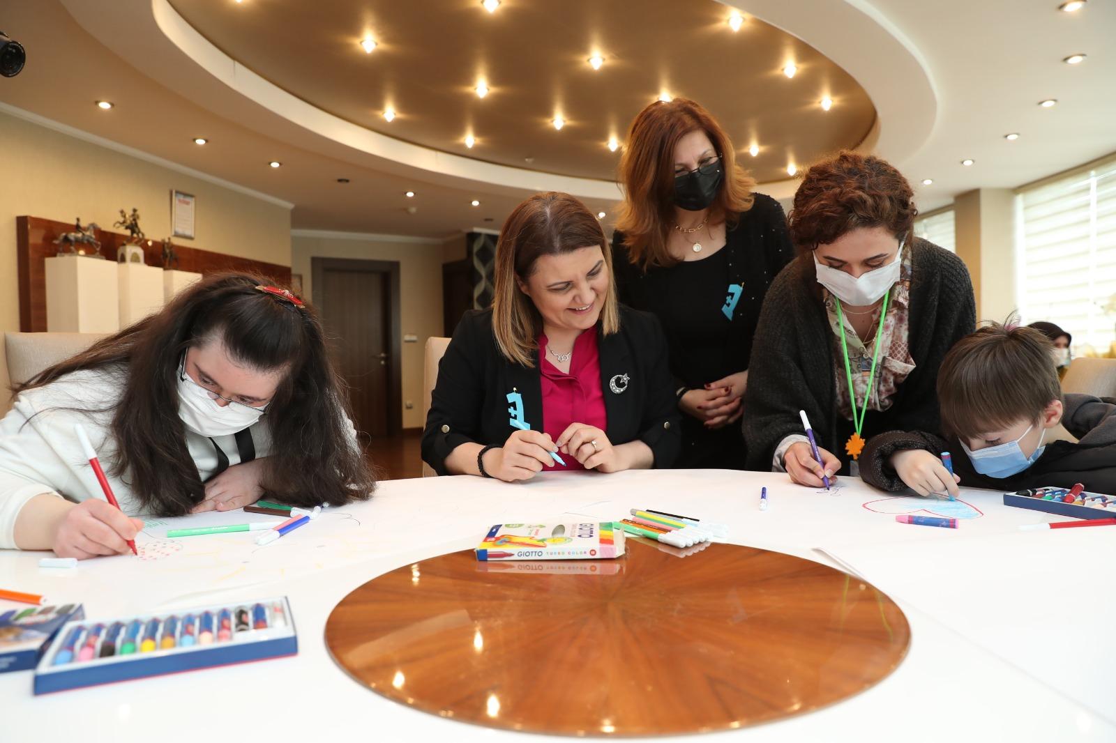 İzmit Belediye Başkanı Hürriyet, Özel Çocuklarla Hayallerini Resmetti