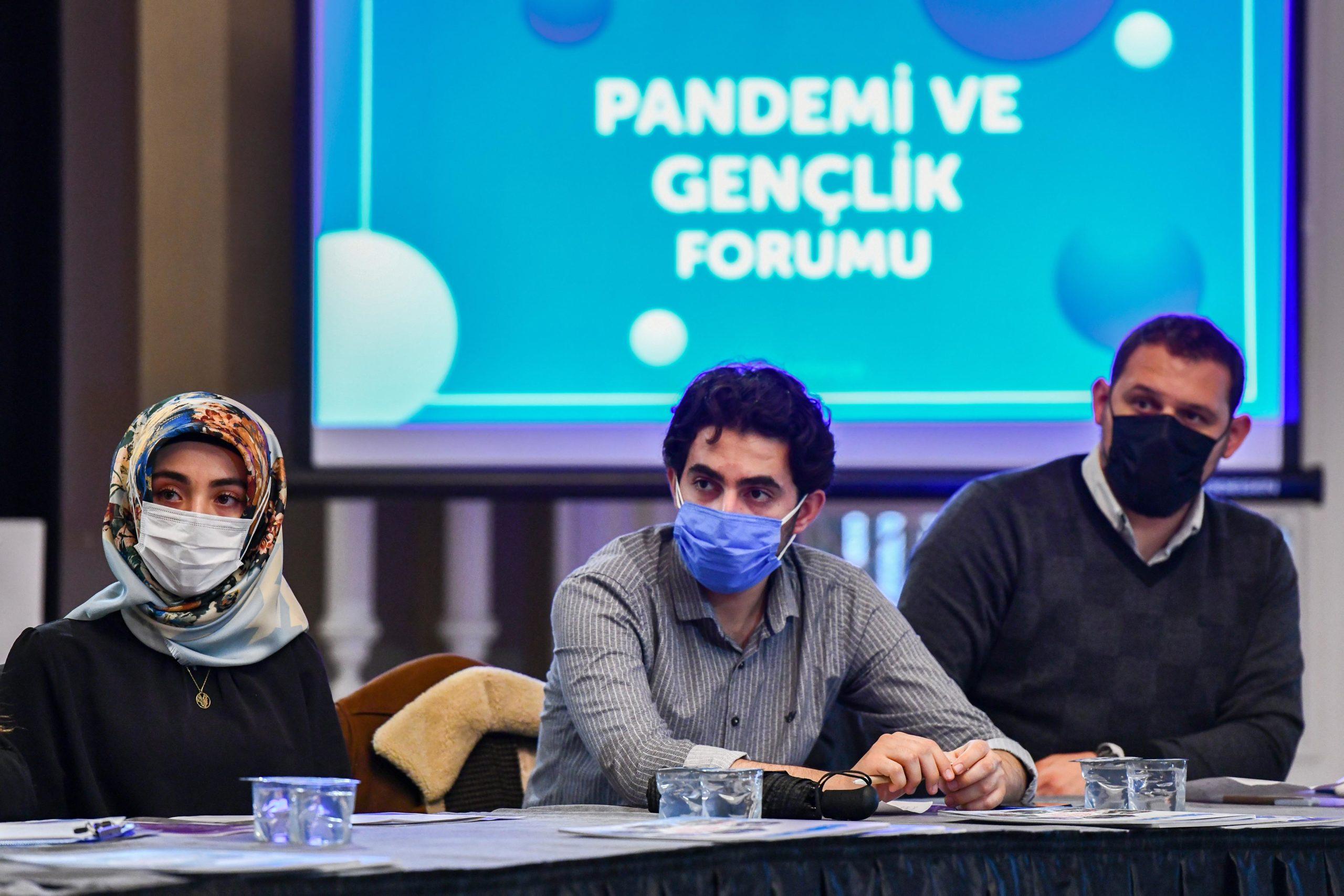Ankara Kent Konseyi 'Pandeminin Gençlik Üzerindeki Etkilerini' Masaya Yatırdı