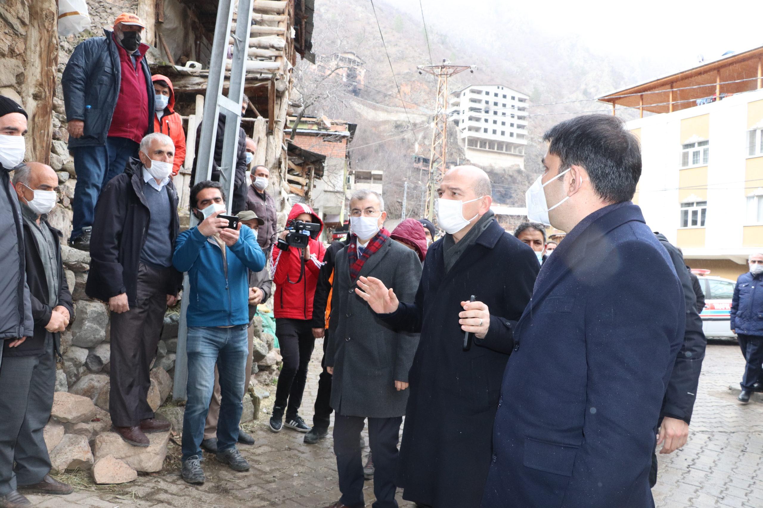 Yusufeli Dereiçi Köyüne Soylu ve Kurum'dan Ziyaret