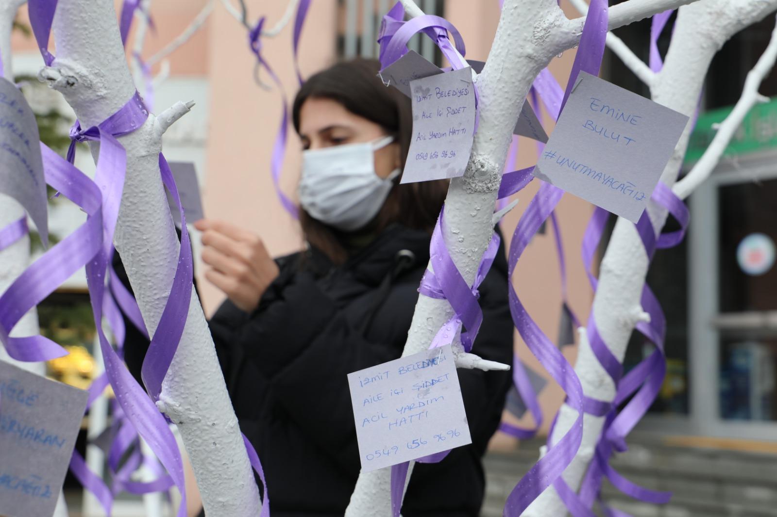 İzmit Belediyesi: 'Aile İçi Şiddet Hattı ile Asla Yalnız Değilsiniz'