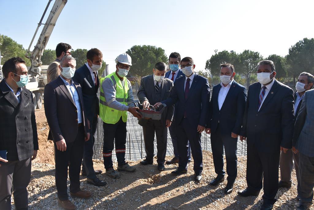 Şehzadeler Belediyesi Üç Büyük Projenin Temelini Attı