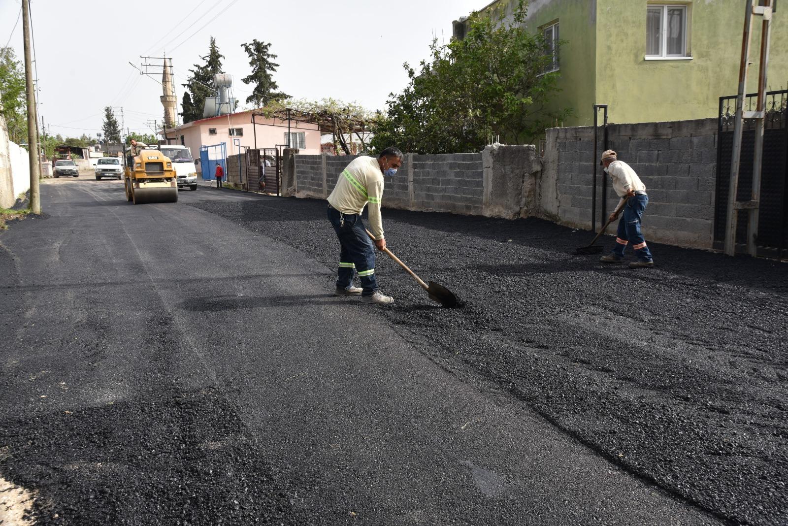 Ceyhan'da Küçükmangıt Mahallesi'nde Asfalt Çalışması Tamamlandı
