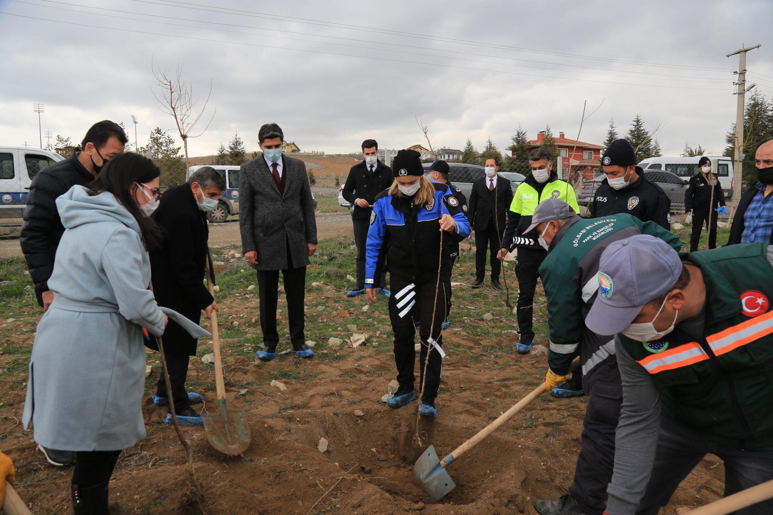 Gölbaşı'nda Türk Polis Teşkilatına Özel Ağaç Dikme Etkinliği