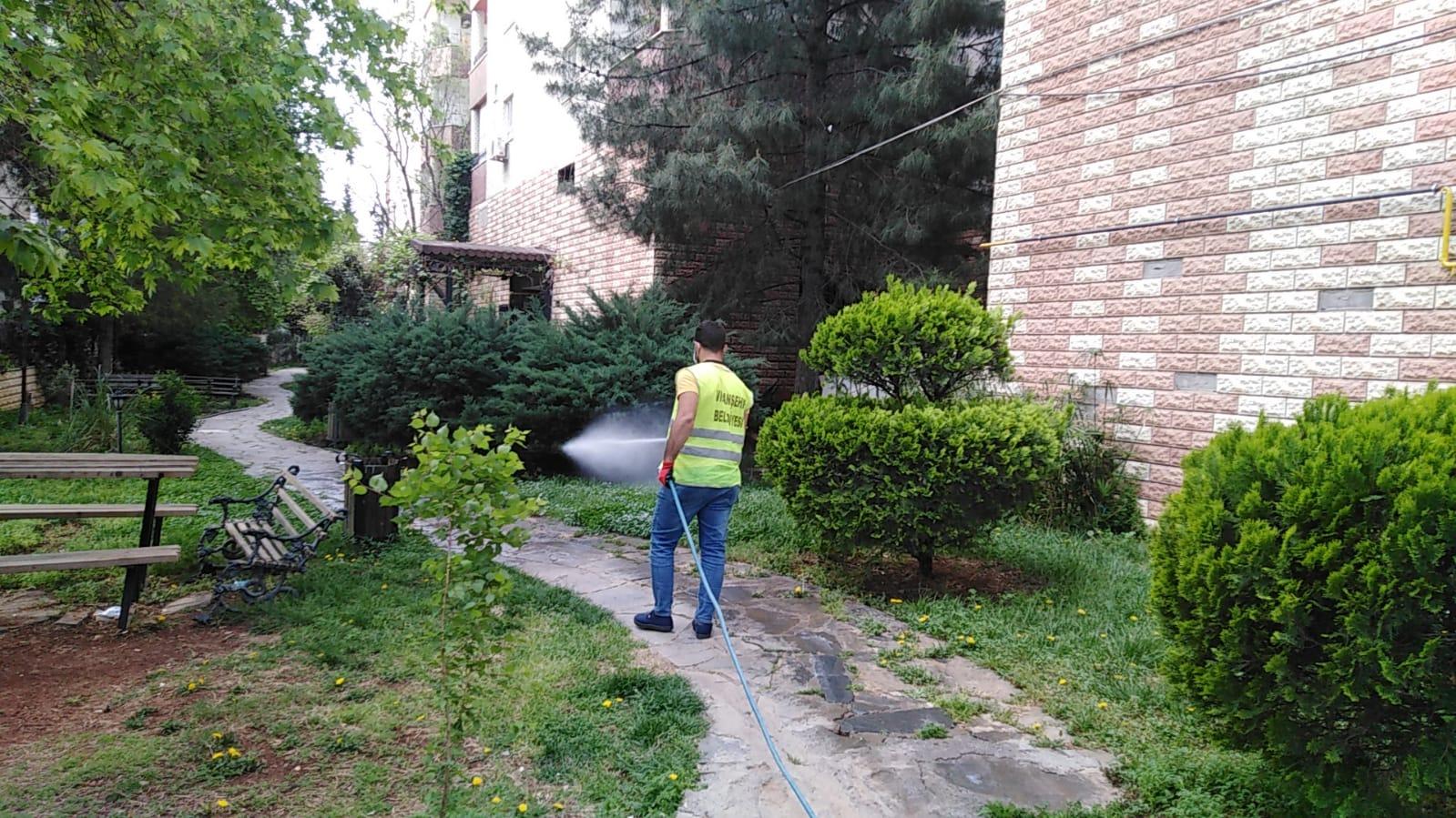 Viranşehir'de İlaçlama Çalışmaları Yapılıyor