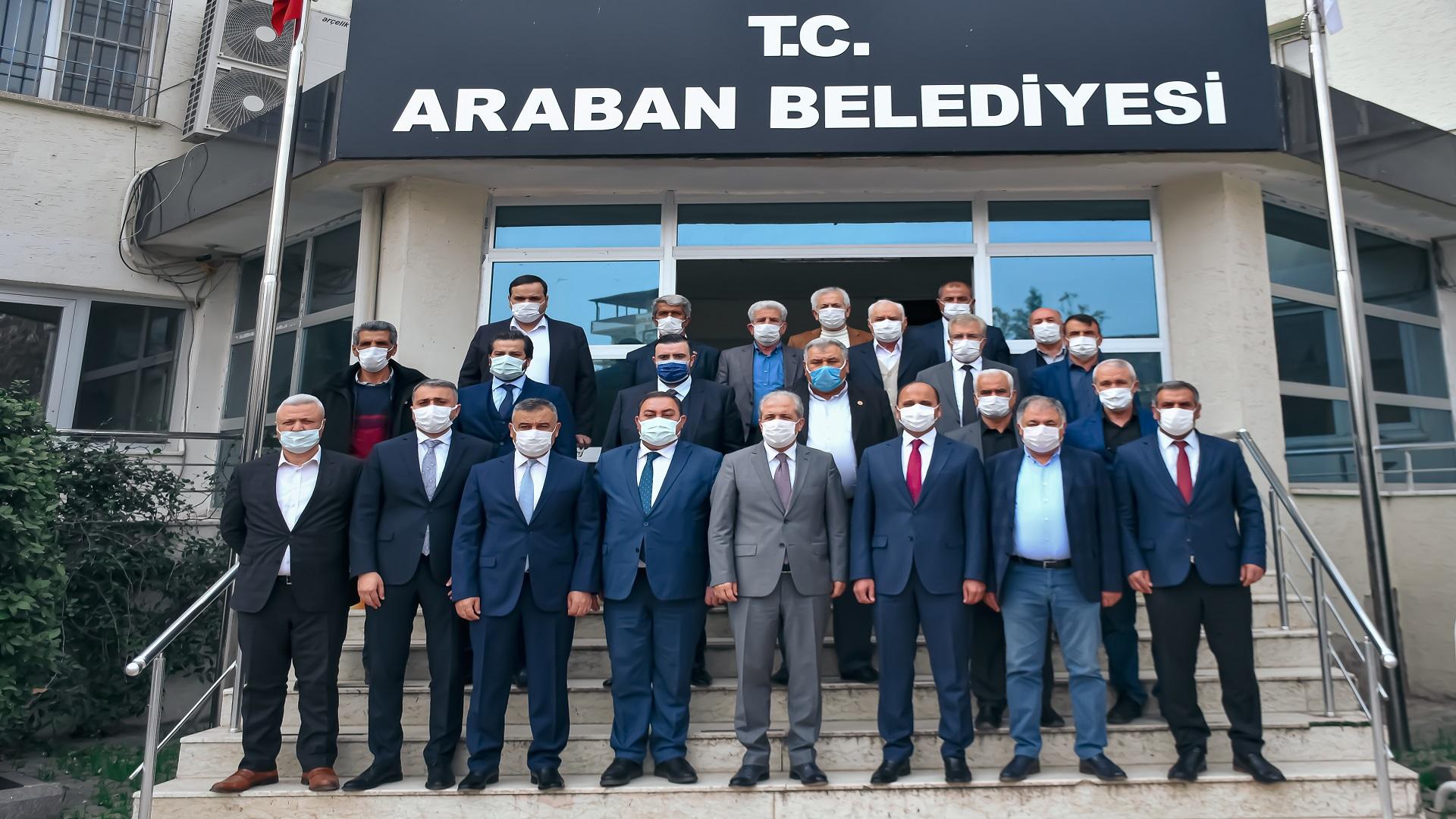 AK Parti MKYK Üyesi Şamil Tayyar Araban Belediyesini Ziyaret Etti