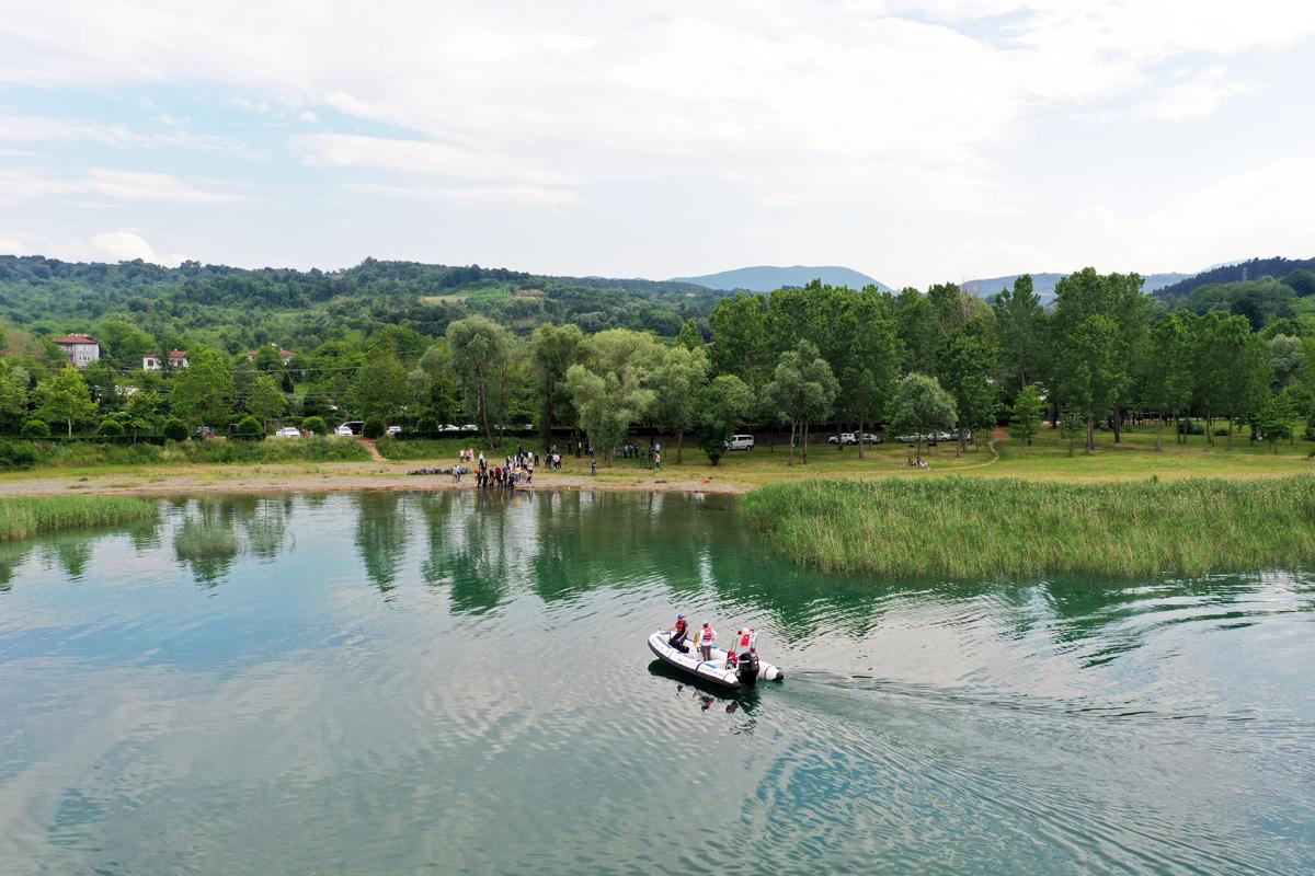Sapanca Gölü ve Çevresi Temizlendi