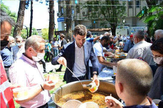 Erbaa Belediyesi, Kaymakamlık ve Müftülük ile Birlikte 1500 Kişiye Aşure Dağıttı