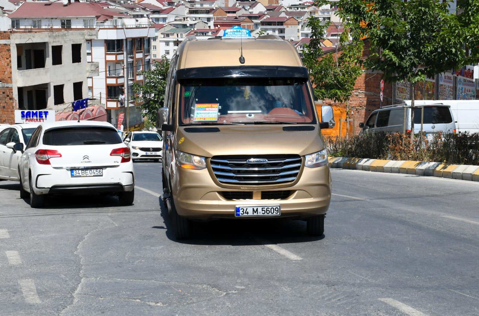 7 Yıllık Minibüs Kooperatifleri Anlaşmazlığı, Esenyurt Belediye Başkanı Bozkurt'un Çabalarıyla Sona Erdi