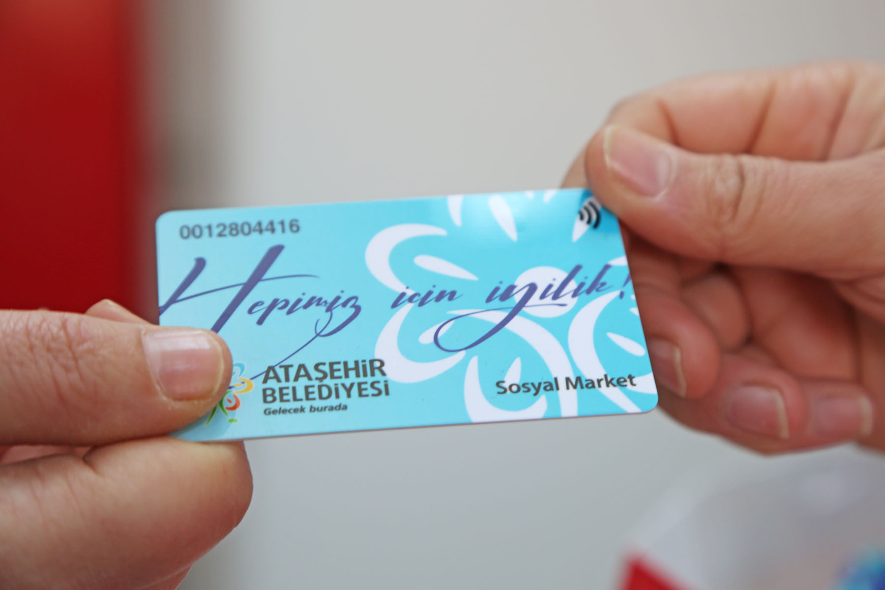 Ataşehir Belediyesi'nin Açtığı Sosyal Market, Yerel Yönetimler Ödülü'nü Aldı