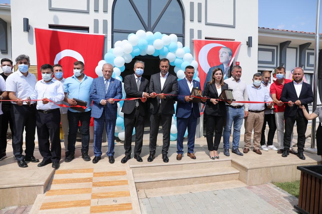 Silivri Belediyesi ve Bağışçıların İşbirliğiyle Yapılan Gümüşyaka Aile Sağlığı Merkezi Açıldı