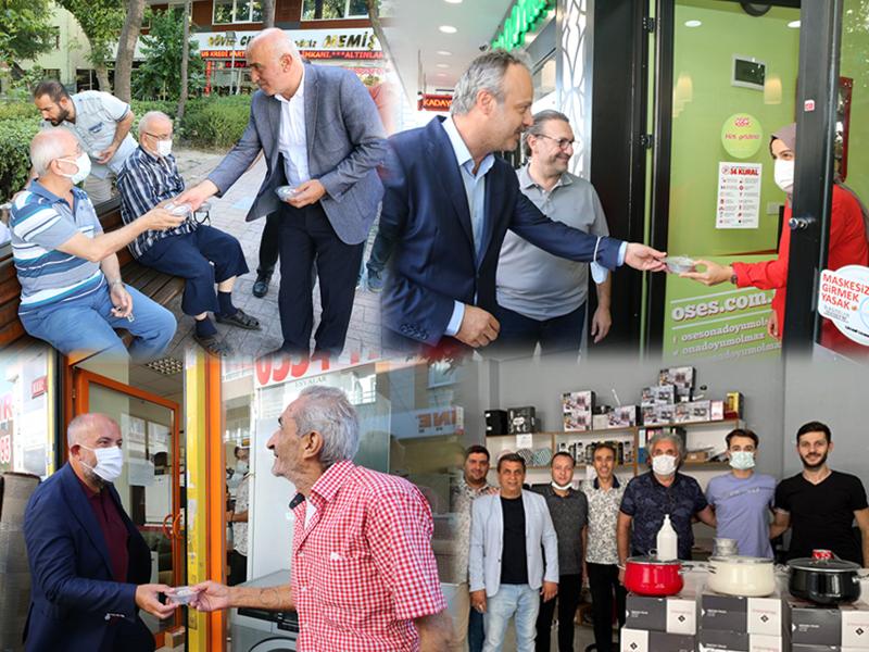 Bayrampaşa Belediyesi, 20 Bin Kase Aşure Dağıttı