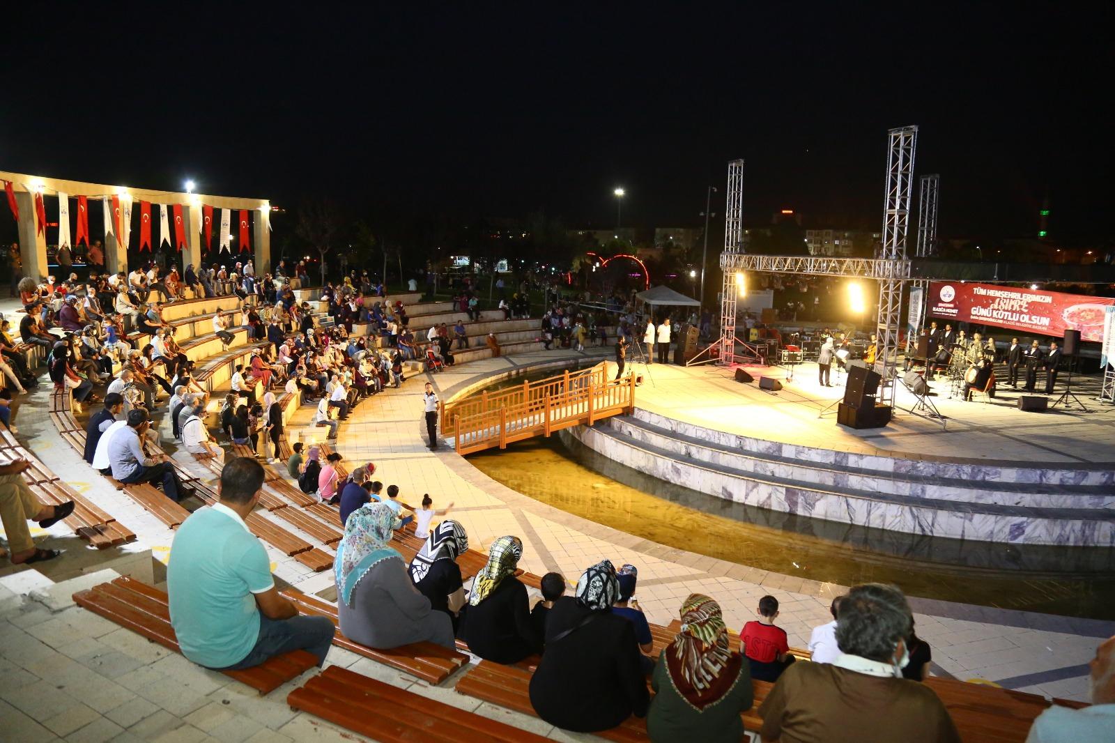 Elazığ Belediyesi 'Tasavvuf Konseri ve Aşure Günü' Etkinliği Gerçekleştirdi