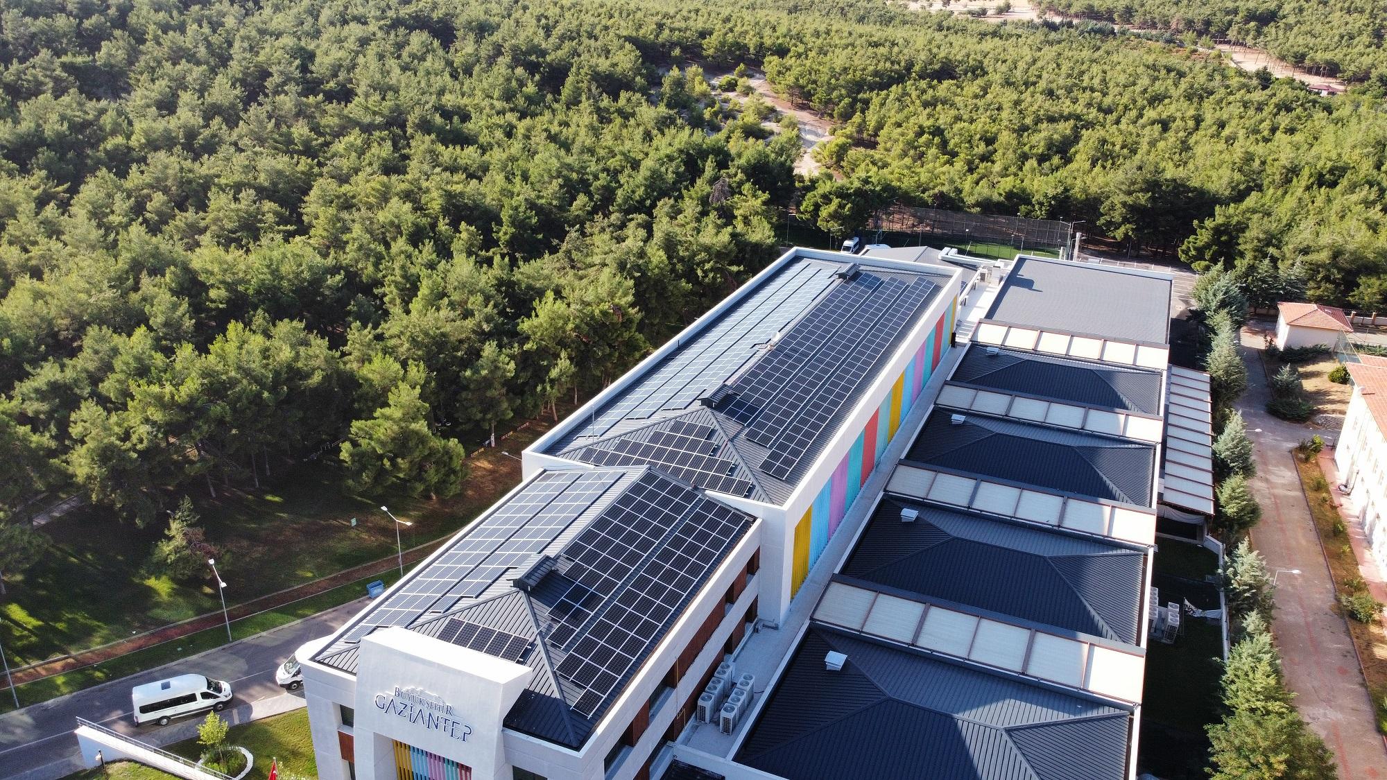 Gaziantep Büyükşehir, Engelsiz Yaşam Merkezi'nin Elektriğini Güneşten Sağlayacak