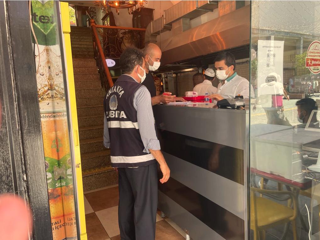 Antakya Belediyesi, İş Yerlerine Hijyen ve Çevre Temizlik Denetimi Yaptı