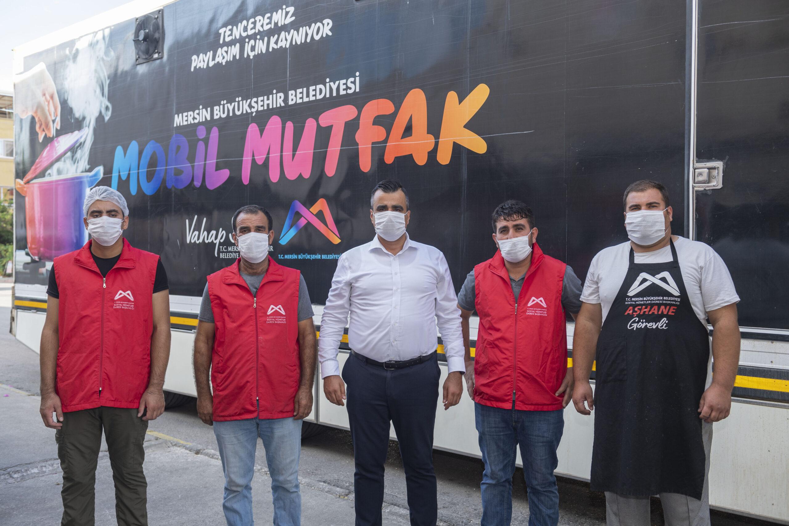 Mersin Büyükşehir'in Mobil Mutfak Tırı, Selzedeler İçin Yola Çıktı