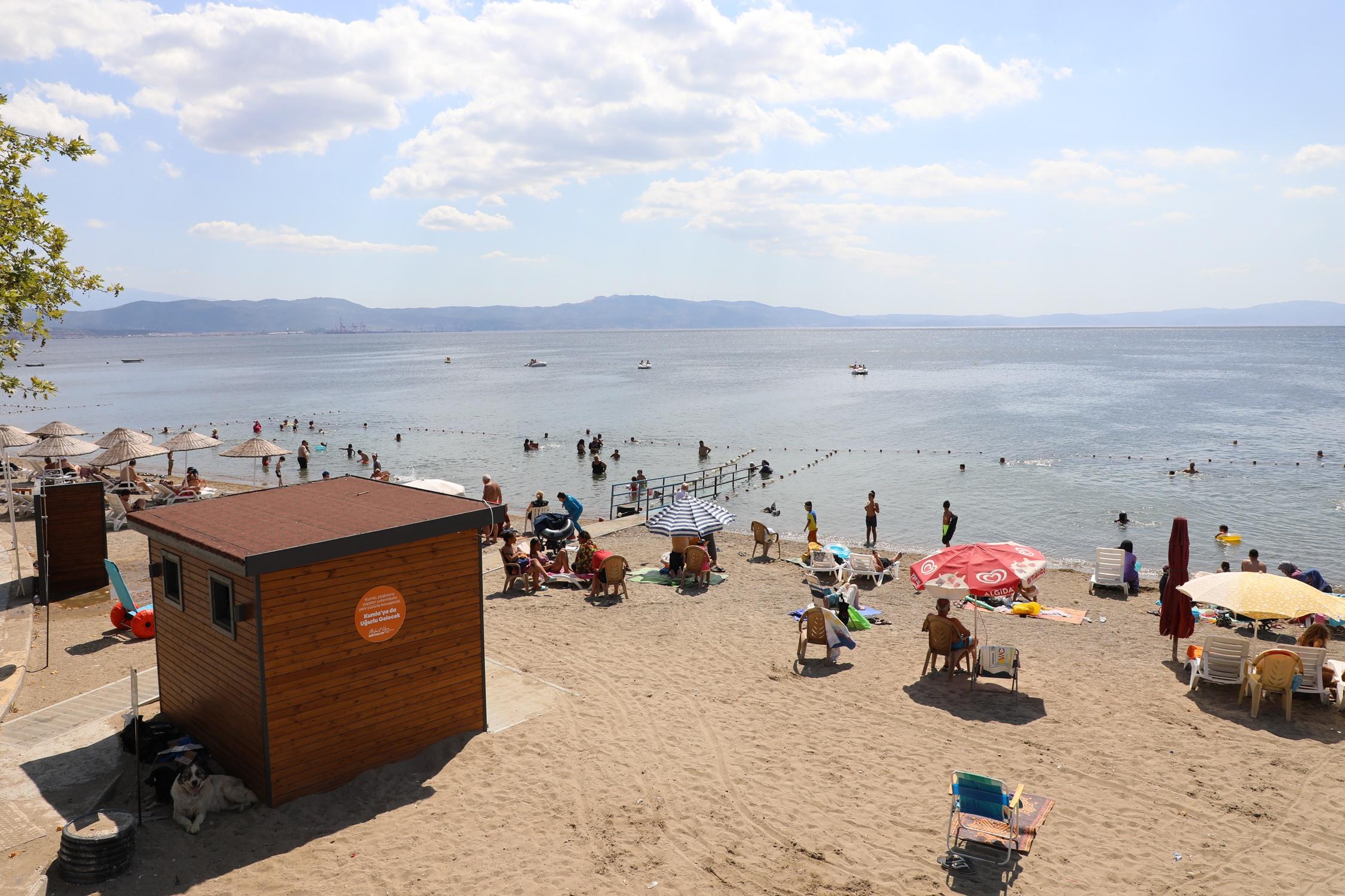 Gemlik Belediyesi'nden, 'Engelsiz Plaj' Uygulaması