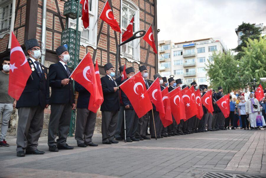 Bursa'nın Yunan İşgali'nden Kurtuluş Günü Çoşkuyla Kutlandı