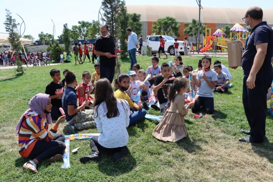 Şanlıurfa Büyükşehir'de Dondurma ve Uçurtma Şenliği Düzenlendi