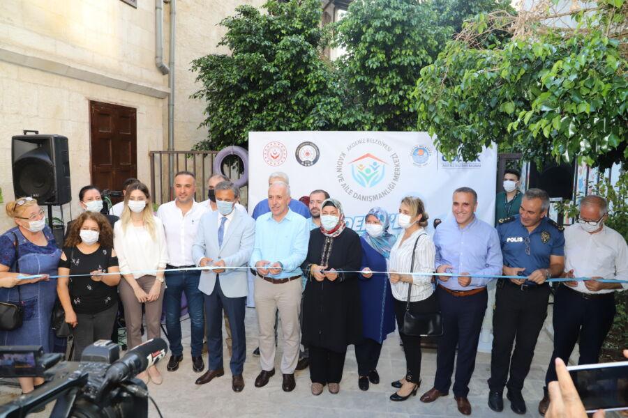 Akdeniz Belediyesi Kadın ve Aile Danışmanlığı Merkezi Hizmete Açıldı